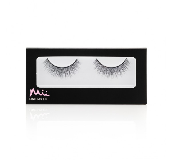 Love Lashes - Simply Charming
